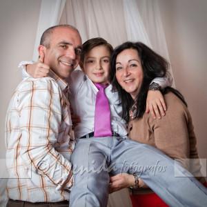 Alfonso y Raquel con Pablo